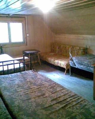 ložnice v podkroví větší